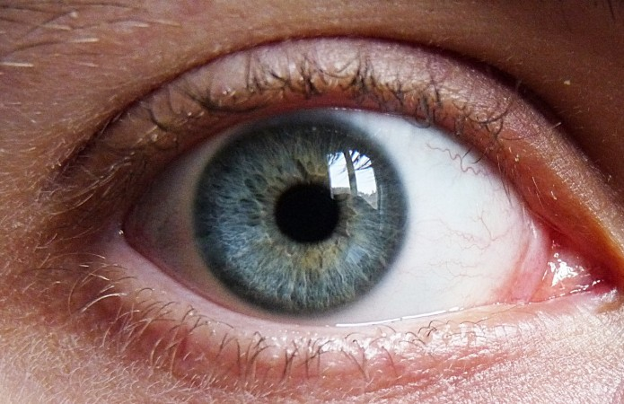 1280px-Blue_Green_Eye